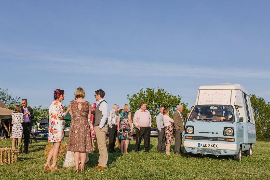 Helen_Ciaran_bedfordshire wedding photographer_0038