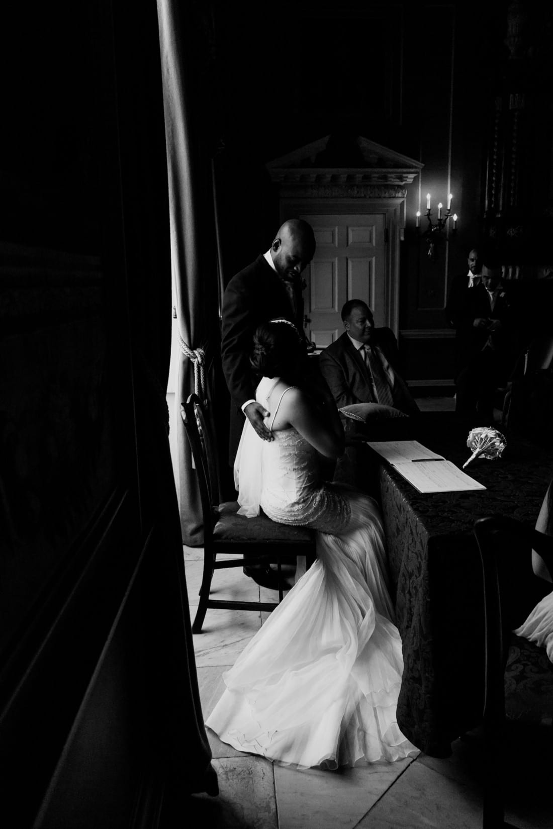 Michelle and Damien_Clandon House_Surrey Wedding Photography_0020