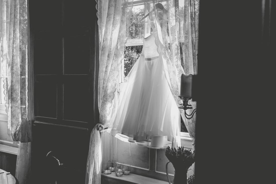 Lains Barn_Oxford_Wedding_Photographer_0008