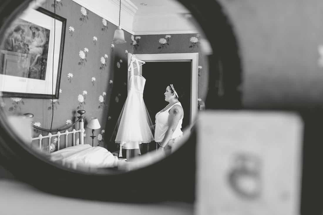 Lains Barn_Oxford_Wedding_Photographer_0017