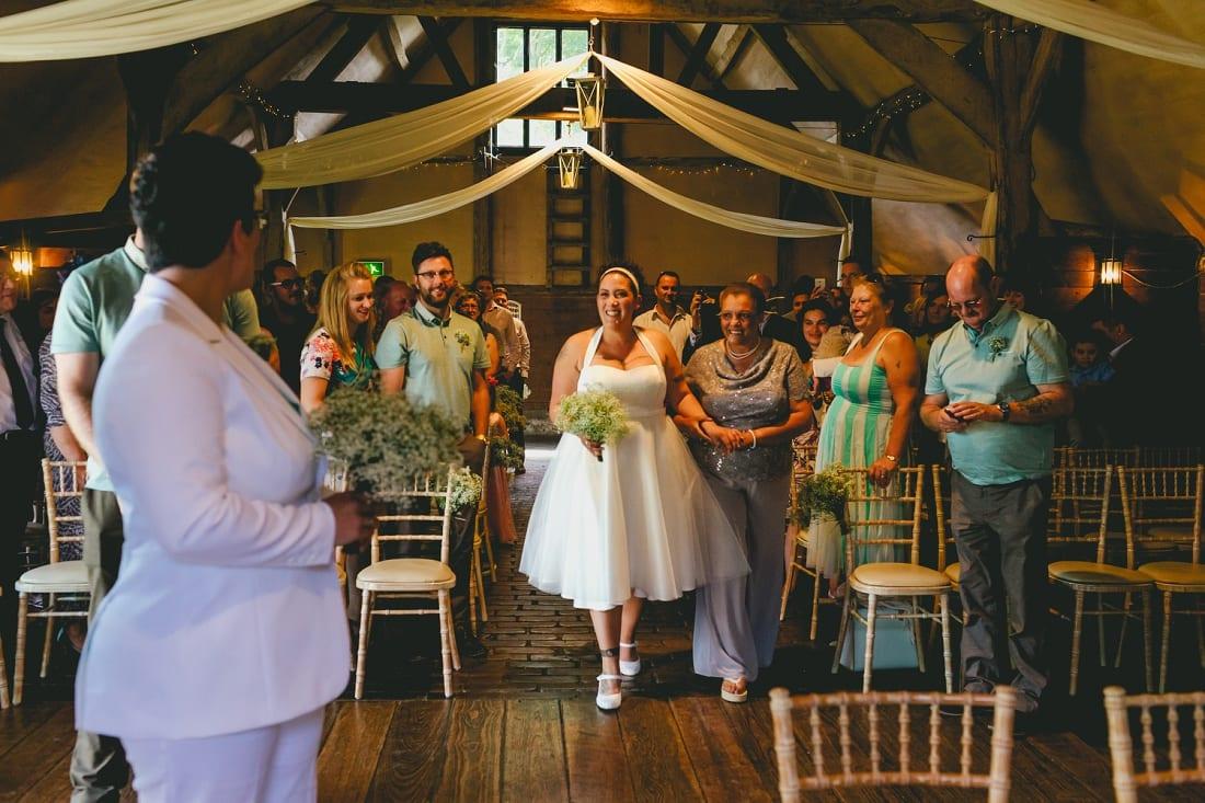 Lains Barn_Oxford_Wedding_Photographer_0030