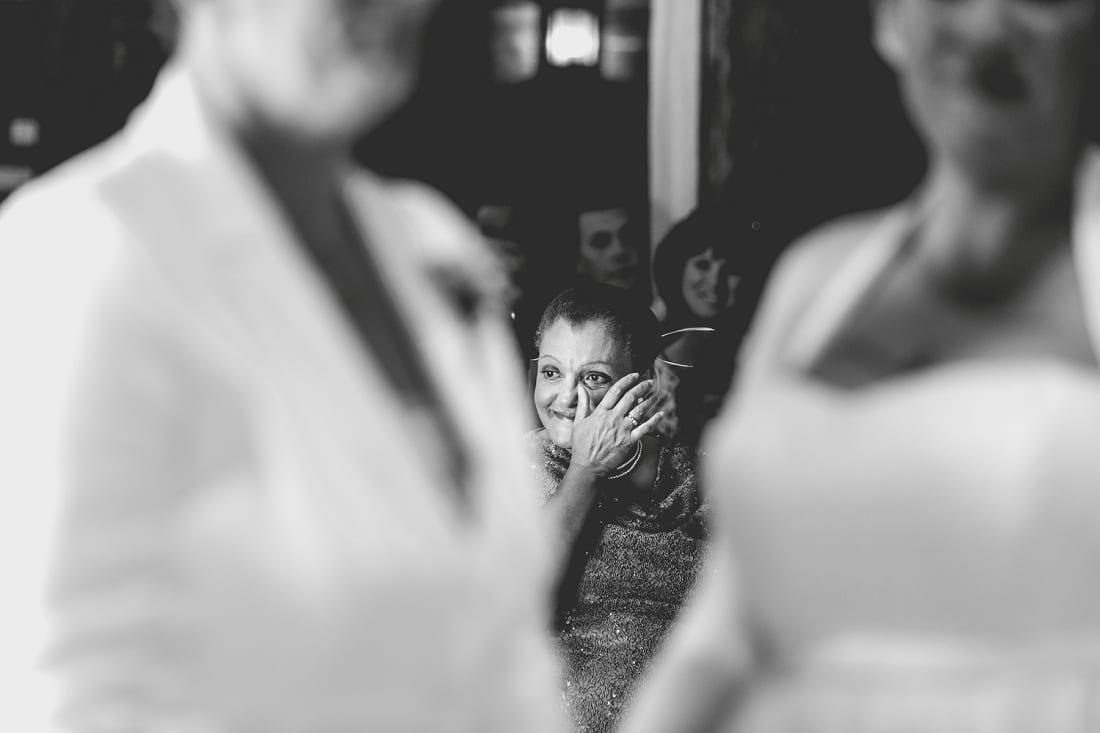 Lains Barn_Oxford_Wedding_Photographer_0034