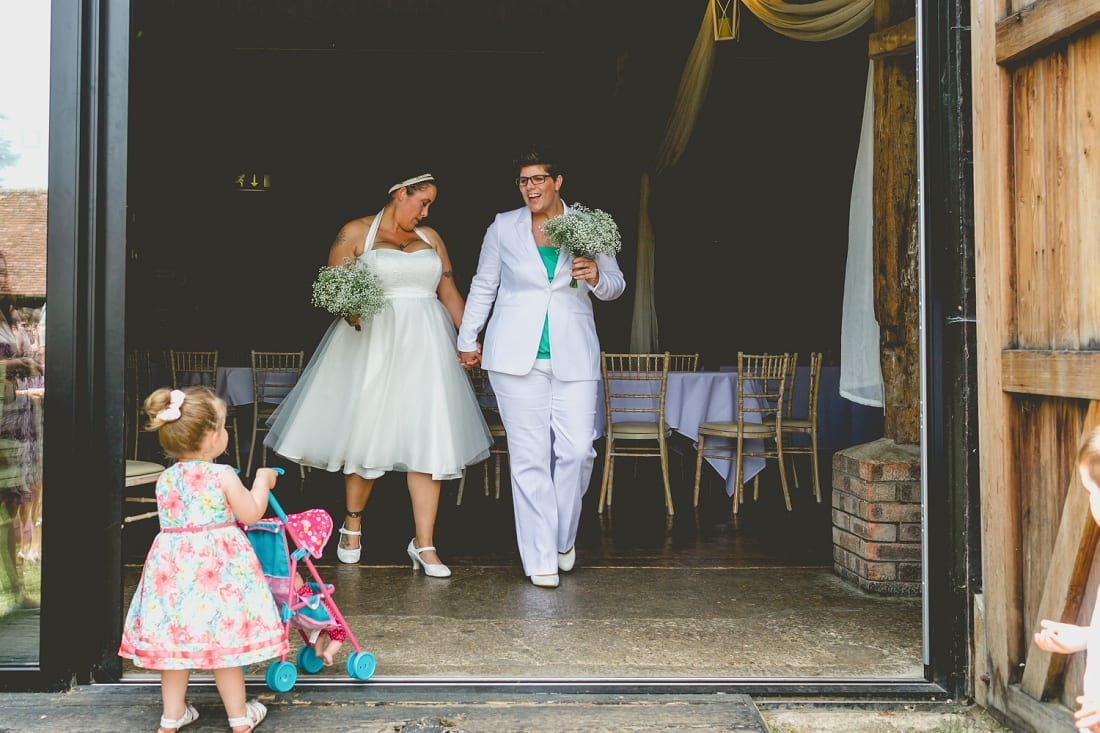 Lains Barn_Oxford_Wedding_Photographer_0044