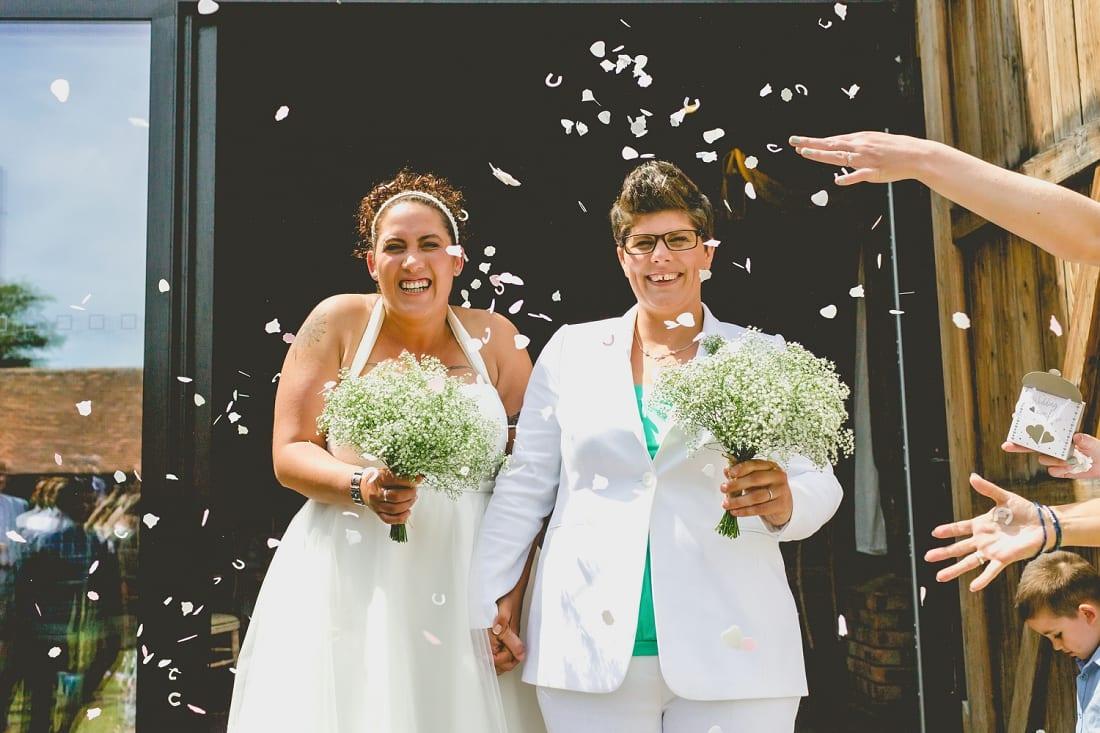 Lains Barn_Oxford_Wedding_Photographer_0045