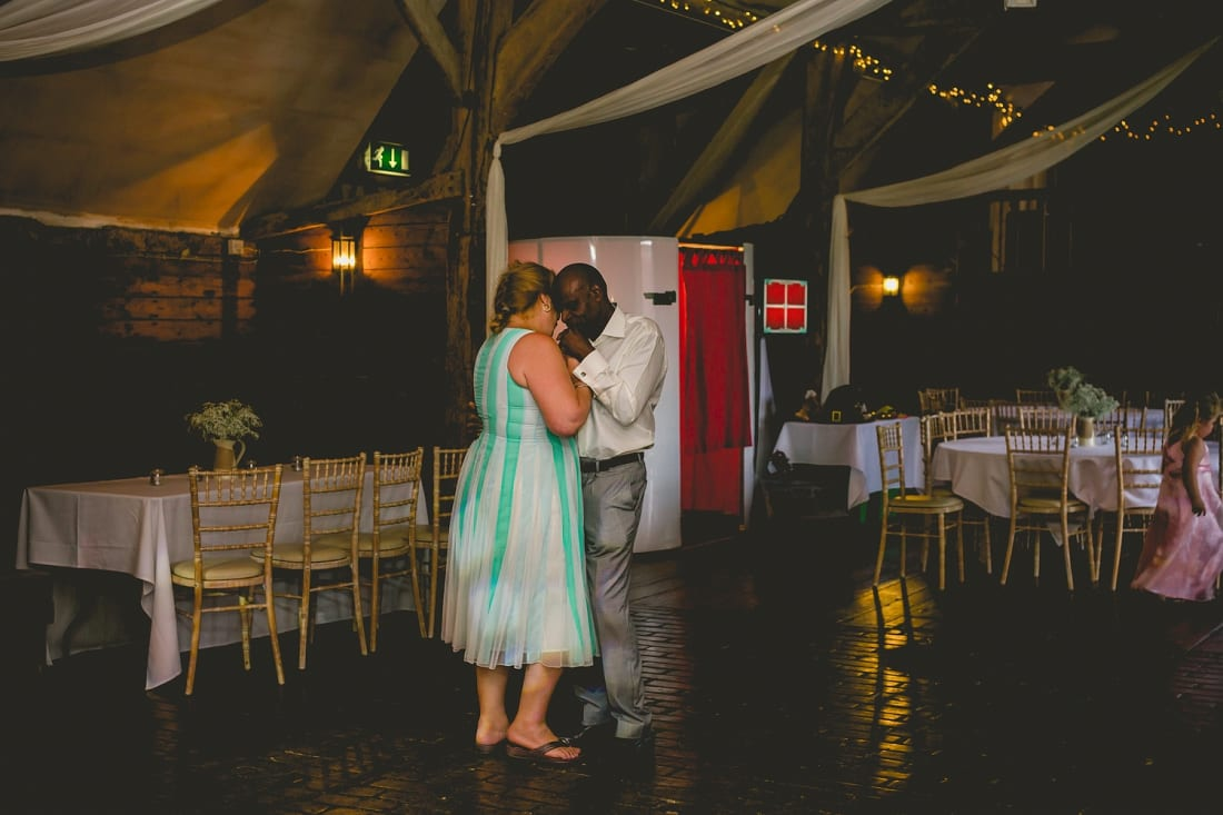 Lains Barn_Oxford_Wedding_Photographer_0093