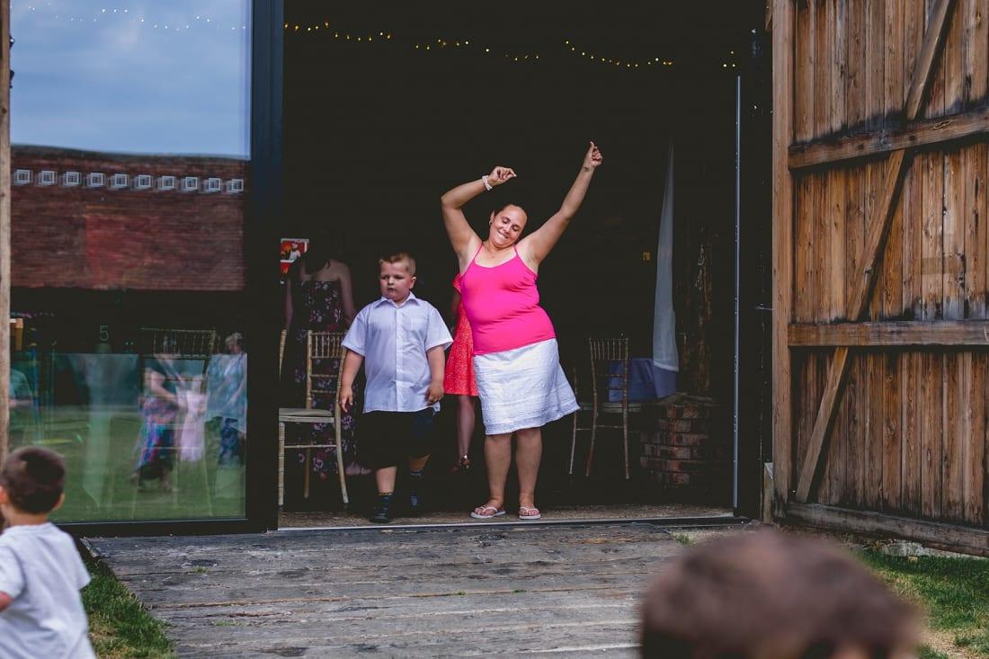 Lains Barn_Oxford_Wedding_Photographer_0095