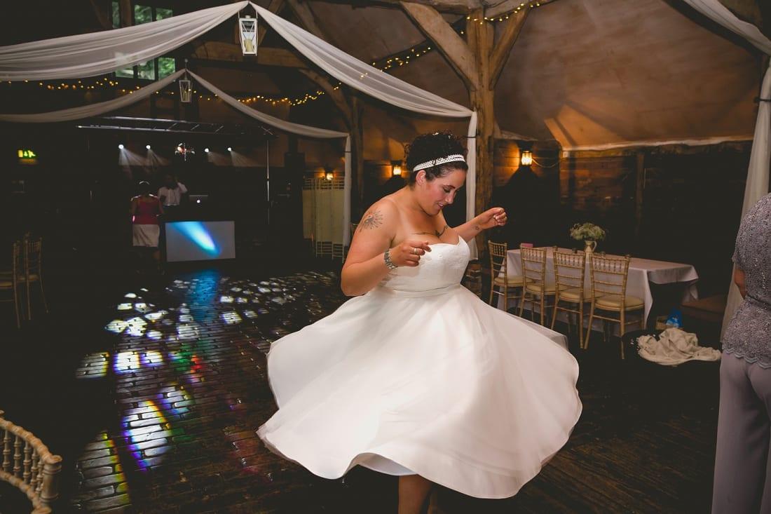 Lains Barn_Oxford_Wedding_Photographer_0096