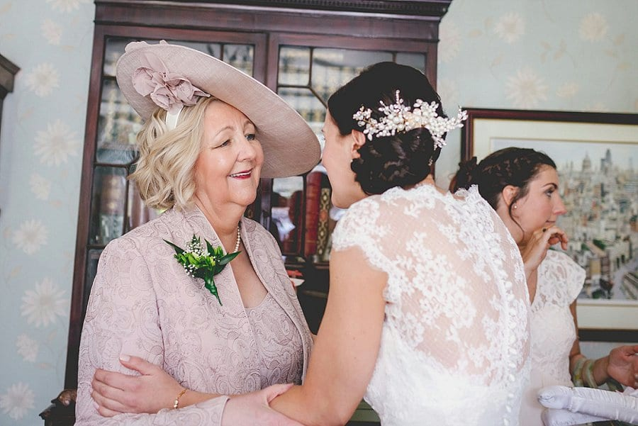 Beth and Rob_Tudor_Barn_Bucks Wedding Photography_0024