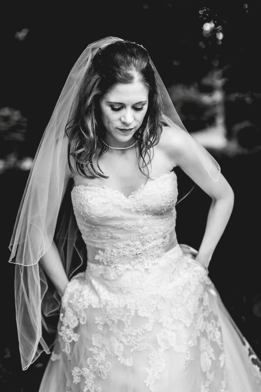 The Tudor Barn - Bucks Wedding Photography_0045