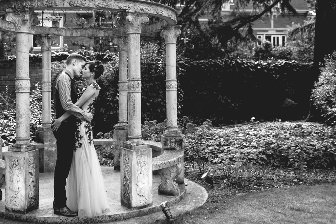 Helen and Jonny - London Wedding Photography_0045