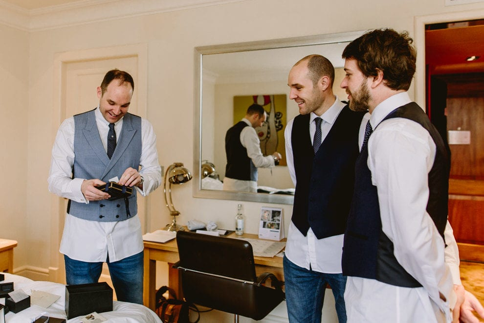 Dorney Court wedding photographer003