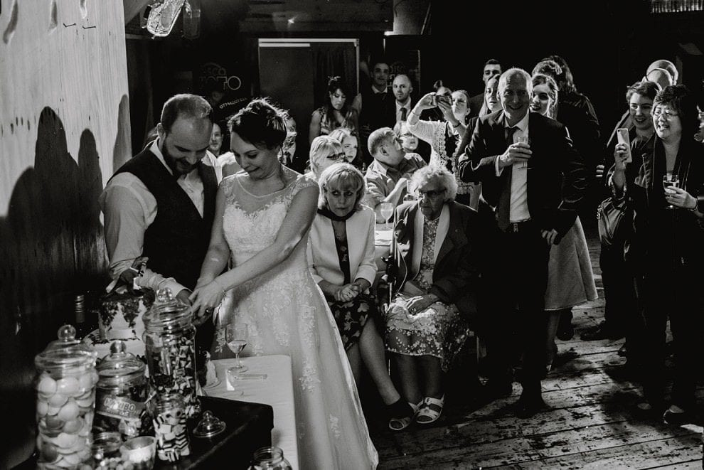 Hackney Town Hall - London Wedding Photographer_0078