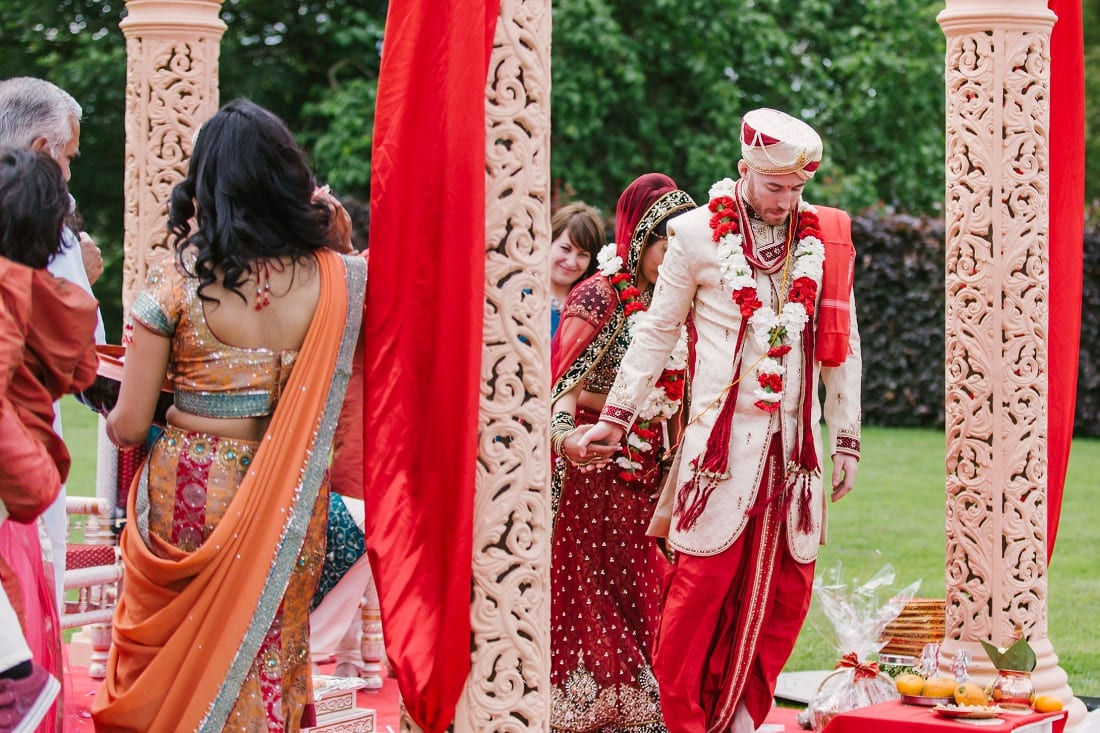 Reshma_Connor_PoundonHouse_Oxfordshire_Wedding_Photography-51