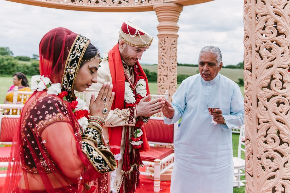 Reshma_Connor_PoundonHouse_Oxfordshire_Wedding_Photography-71