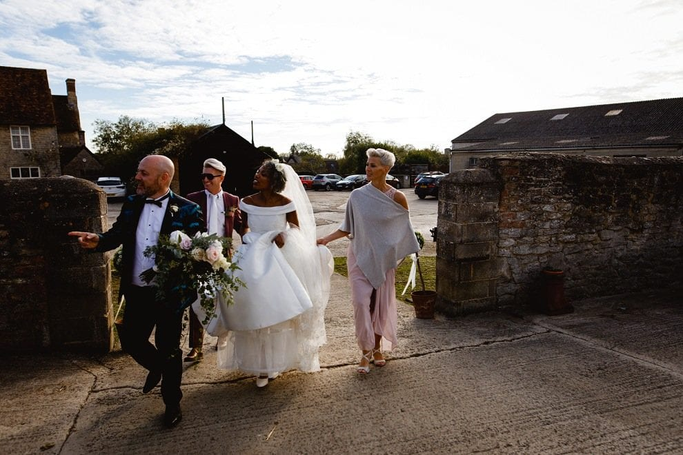 Manor Farm Barn - Buckinghamshire Wedding Photography_0028